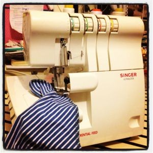 Sew Stretch - Overlocker course @ Julie Red Projects